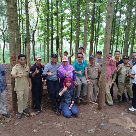 Kasubdit Kementrian PDT dan Transmigrasi Tinjau PKT Desa Bumiwangi