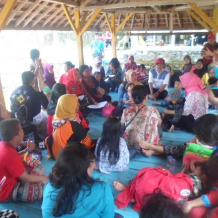 Album : Kegiatan Terapi Ke Anak Disabilitas Di wilayah Kol